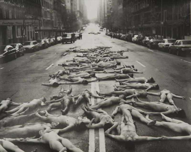 Igavel Auctions Spencer Tunick New York City 1997