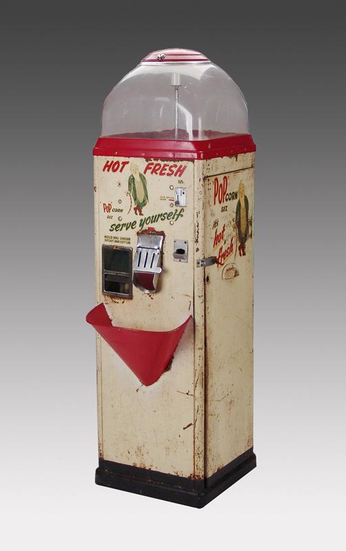 Igavel Auctions Vintage Sez 10 Cent Pop Corn Vending