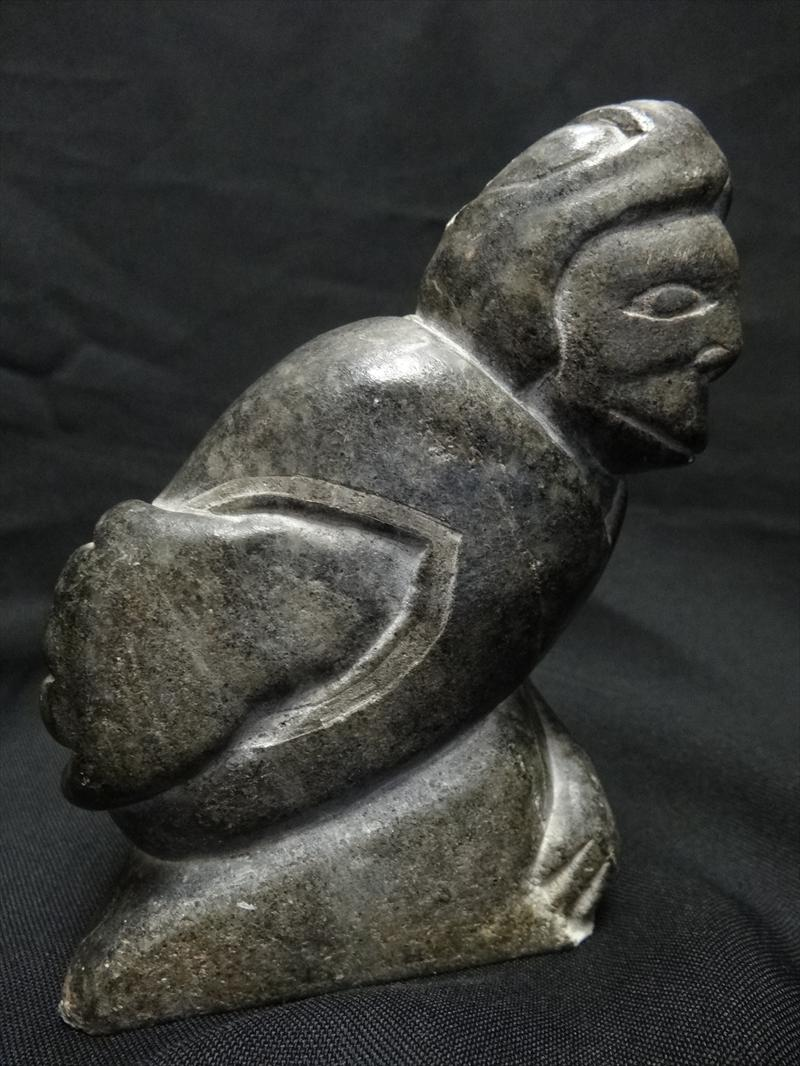 Igavel auctions adamie ann canadian eskimo stone carving