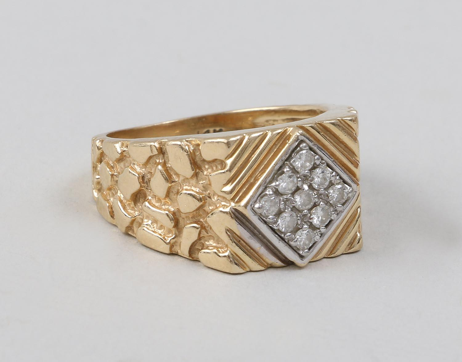 14k Gold ring with (9) diamond accents. FR3SH.