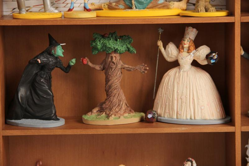 Igavel Auctions Franklin Mint Wizard Of Oz Figurine Set
