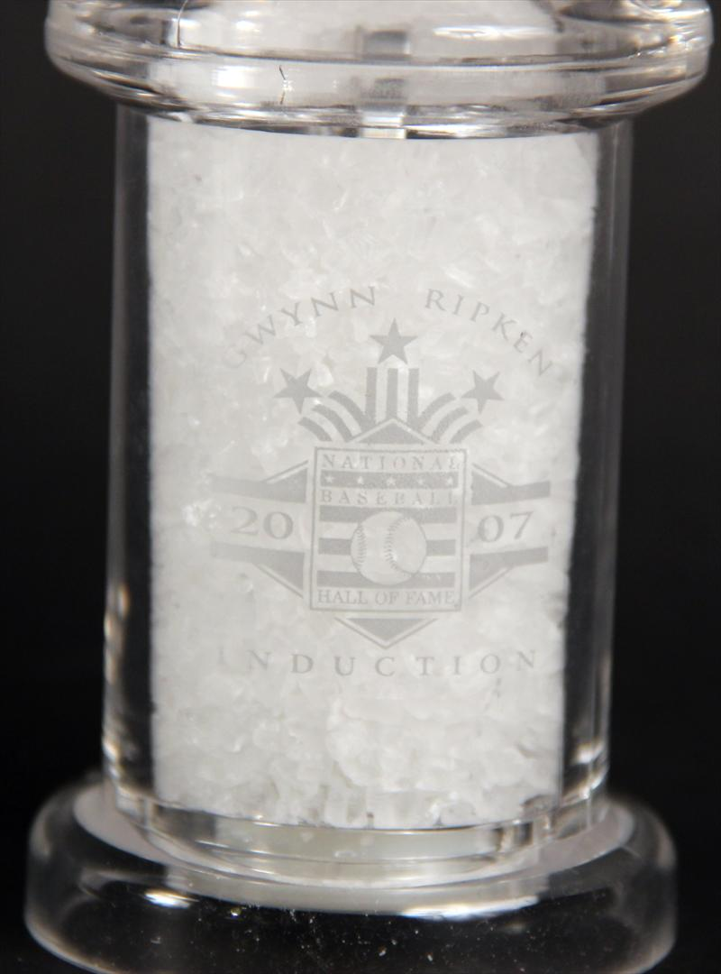 iGavel Auctions: Waterford Crystal New York Yankee Business Card ...