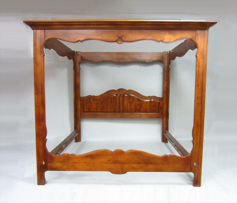 Igavel auctions ethan allen cherry king size canopy bed for Ethan allen king size beds