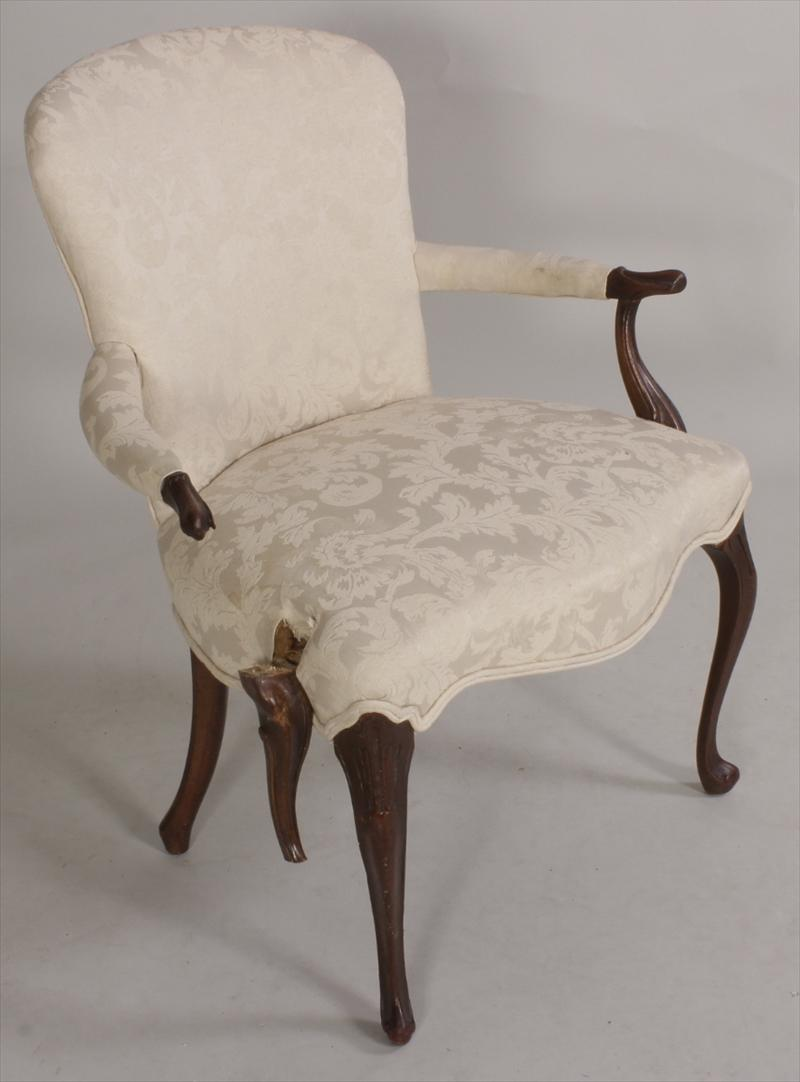 igavel auctions two chairs 20th c chippendale style. Black Bedroom Furniture Sets. Home Design Ideas