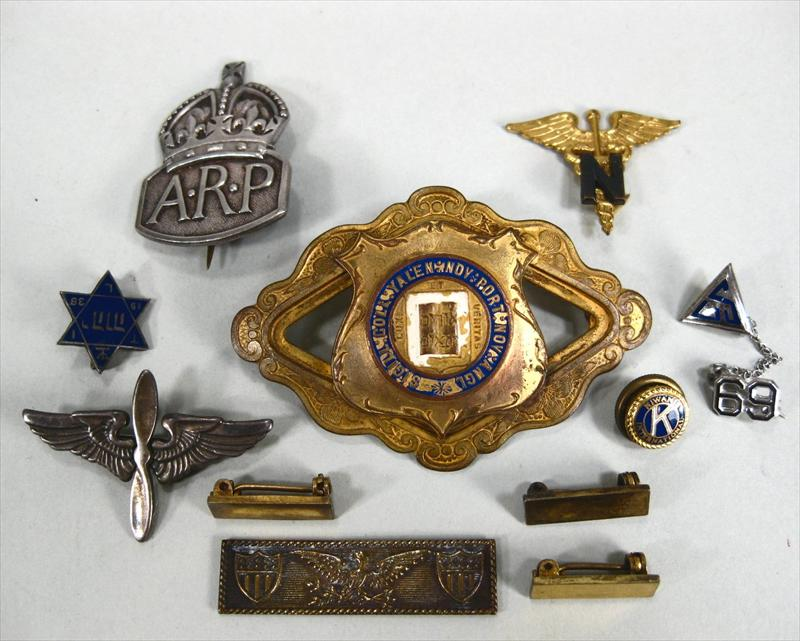 iGavel Auctions: Vintage Medals, Masonic & Military Pins