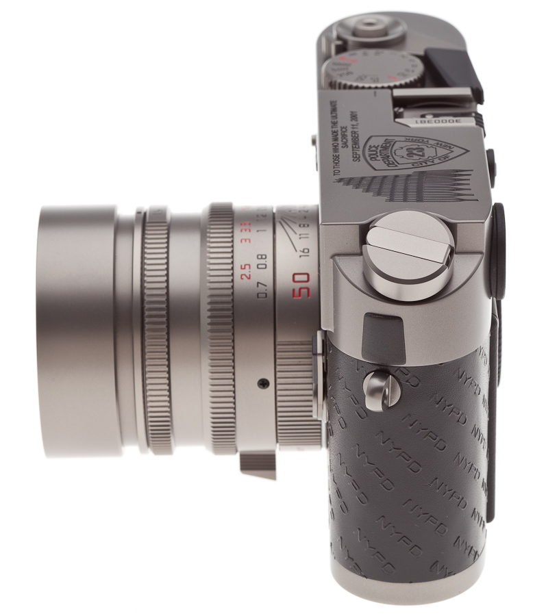 iGavel Auctions: One of a Kind Leica M7 Titanium '9/11