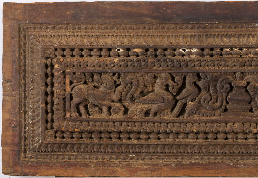 Igavel Auctions Indian Carved Wood Panel E9rcc